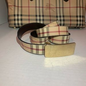 Burberry Accessories - 🦁BURBERRY🦁